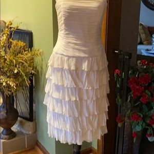 Wedding dressLayers Off White or after for dance